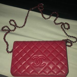 💯 Authentic Chanel Diamond Quilted Caviar WOC Bag